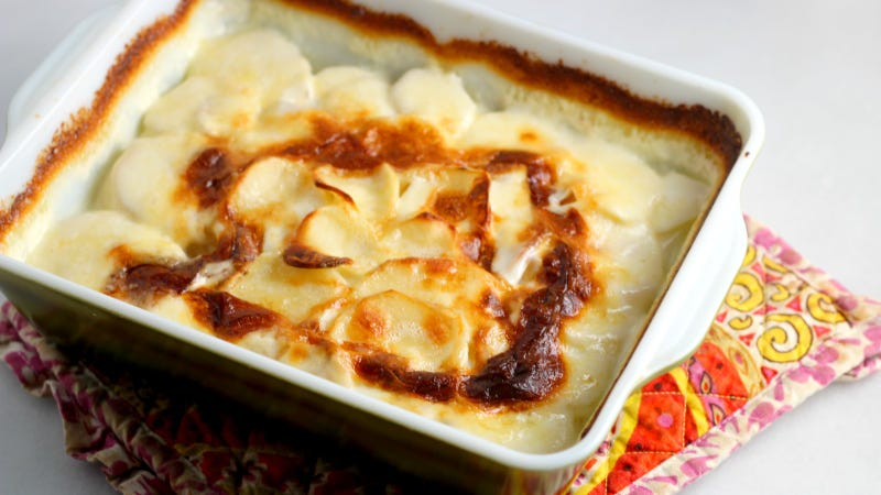 Illustration for article titled The Best Potatoes au Gratin Don't Contain Any Cheese