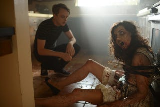 Illustration for article titled Aubrey Plaza Is a Dead On Zombie in Life After Beth