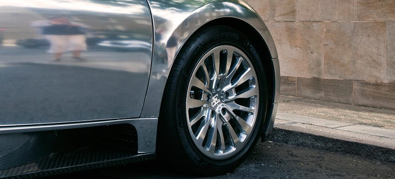 Illustration for article titled These Bugatti Veyron Rims On eBay Are A Steal At Only $30,000