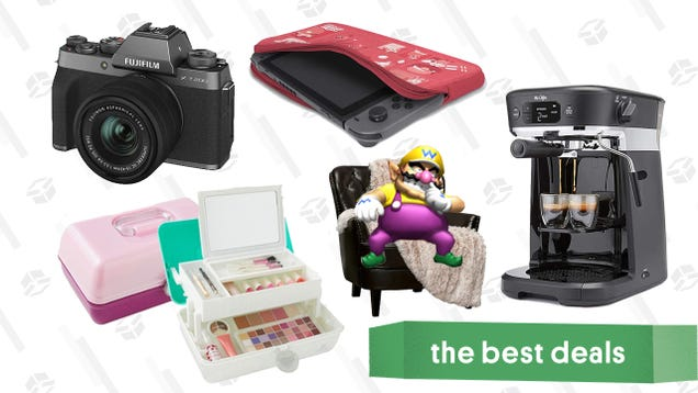 Tuesday's Best Deals: Fujifilm X-T200 Camera, Ulta Caboodles Beauty Box, PlayStation Plus, Mr. Coffee Makers, Wayfair Throw Blanket Sale, and More