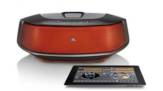 Illustration for article titled JBL OnBeat Rumble: The Most Powerful (and Most Expensive) Lightning Connector Speaker Dock Yet