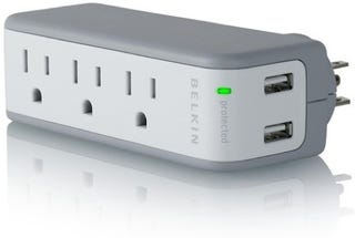 Illustration for article titled Belkin's Mashup Surge Protector and USB Charger is Perfect, Tiny