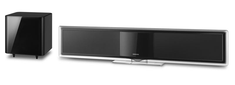 Samsung S Ht Bd8200 Soundbar Does The Standard Virtual 5 1 Channel Sound Jig Just Fine Kicker Is That It Plays Blu Ray Discs Streams Netflix Padora