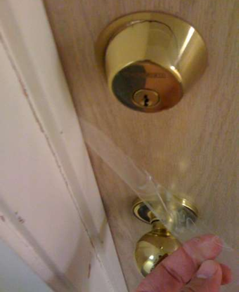 Illustration for article titled Lock a Deadbolt from Outside the Door (Without a Key)