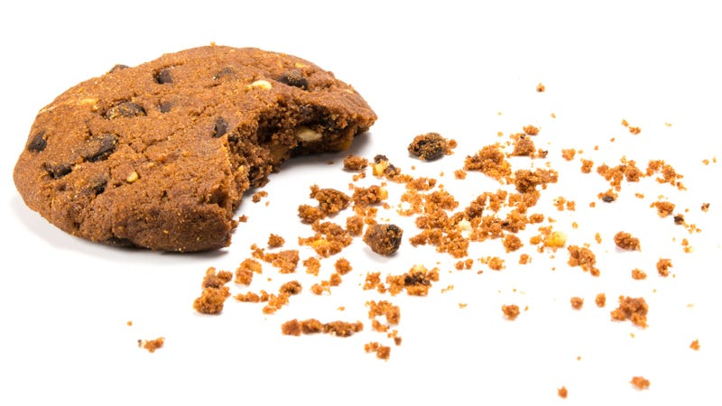 Illustration for article titled Point/Counterpoint: Do nuts belong in cookies?