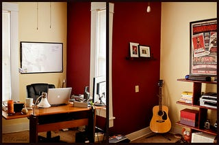 Cozy Home Office earth tones and imacs: a cozy home office