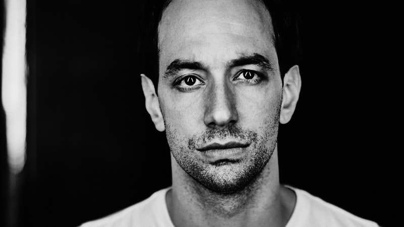 Illustration for article titled Albert Hammond Jr. strokes his chin on his most Strokes-like record yet