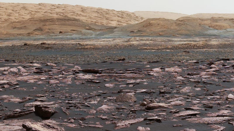 Mount Sharp visible from Curiosity's camera