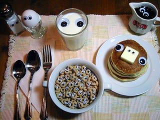 Illustration for article titled Good morning...