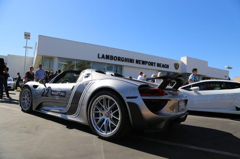 Illustration for article titled Lamborghini Newport Beach supercar show