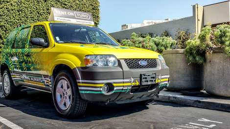 Heres what happens when someone on turo crashes your audi r8 this aviato ford escape is the only rental that people in la will give a shit about publicscrutiny Choice Image
