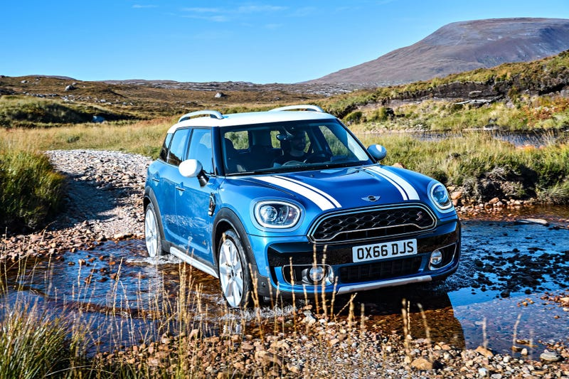 Illustration for article titled The 2017 Mini Countryman Is Beefy As Hell Now To Annihilate Nature And Sales
