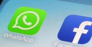 WhatsApp podría lanzar un parche para desactivar el doble check azul
