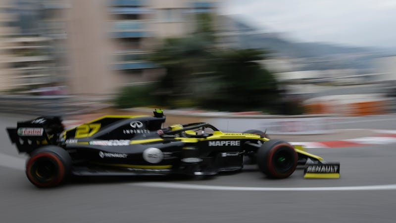 Illustration for article titled Renault F1 Says It Already Hit 1000 HP This Season