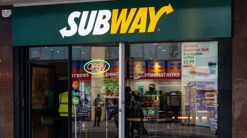 Illustration for article titled Subway's latest deal great for customers, potentially disastrous for franchise owners