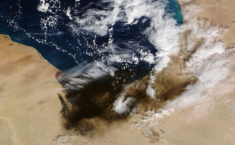 Illustration for article titled Shocking NASA Satellite Photos Reveal Large Area Covered in Black Smoke Caused by Oil Fires