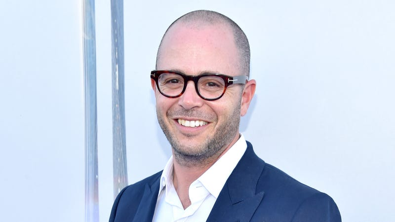"Illustration for article titled Damon Lindelof is writing a new ""action-thriller"" film with Carlton Cuse's son"