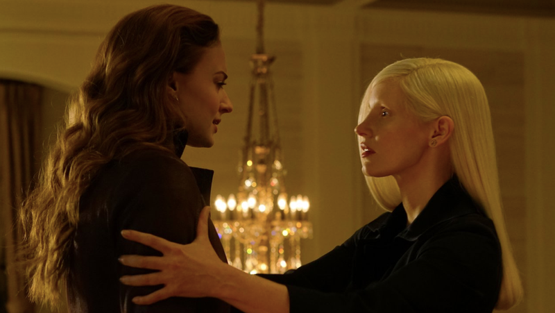 Sophie Turner as Jean Grey speaking to Jessica Chastain's mysterious character.