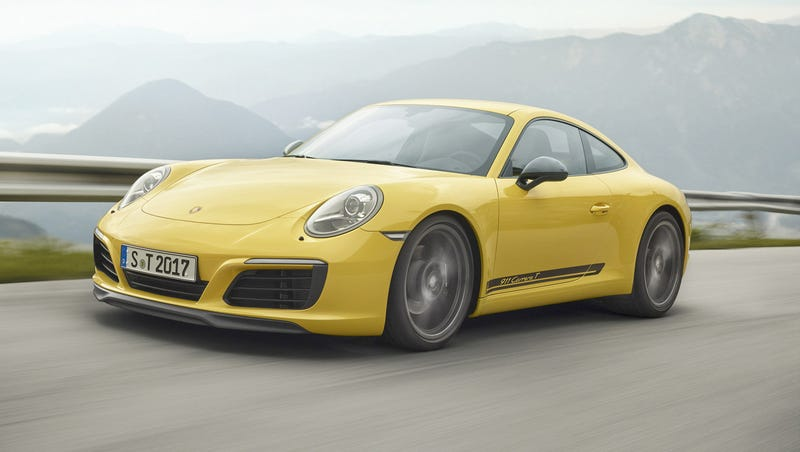 Porsche 911 Carrera T offers weight saving for better performance
