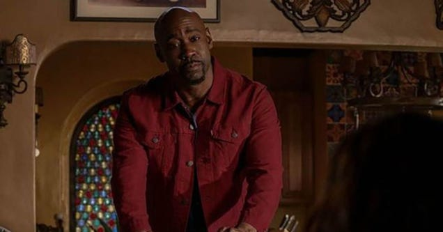 Lucifer s DB Woodside Dishes on Amenadiel s Baby Mamma Drama