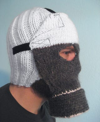 Illustration for article titled Knitted Gas Mask Helps Cyclists Avoid Cotton-Wool Smog