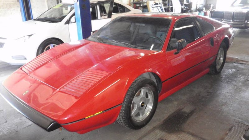 Illustration for article titled At $12,500, Is This 1988 Pontiac Fiero GT Mera A Great Pretender?