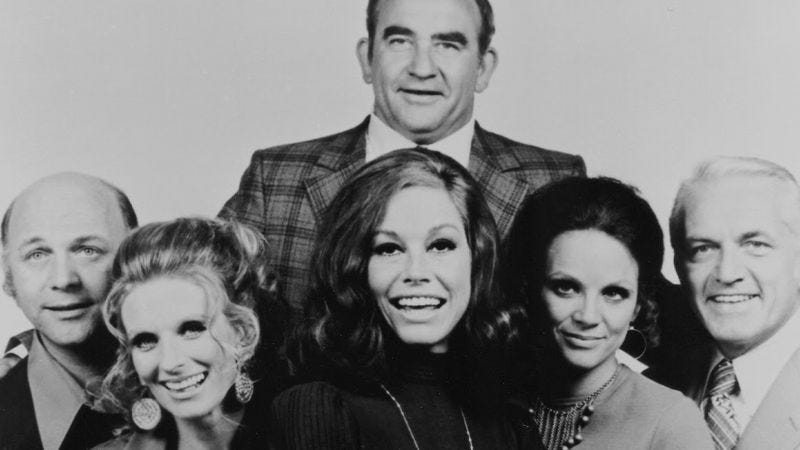 Sitcom That Dare Not Speak Its Real >> How The Mary Tyler Moore Show Reinvented The Sitcom In Just 10 Episodes