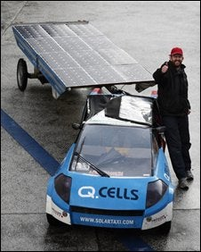 Illustration for article titled 17-Month Trip In Solar Taxi Ends At UN Climate Change Talks in Poland