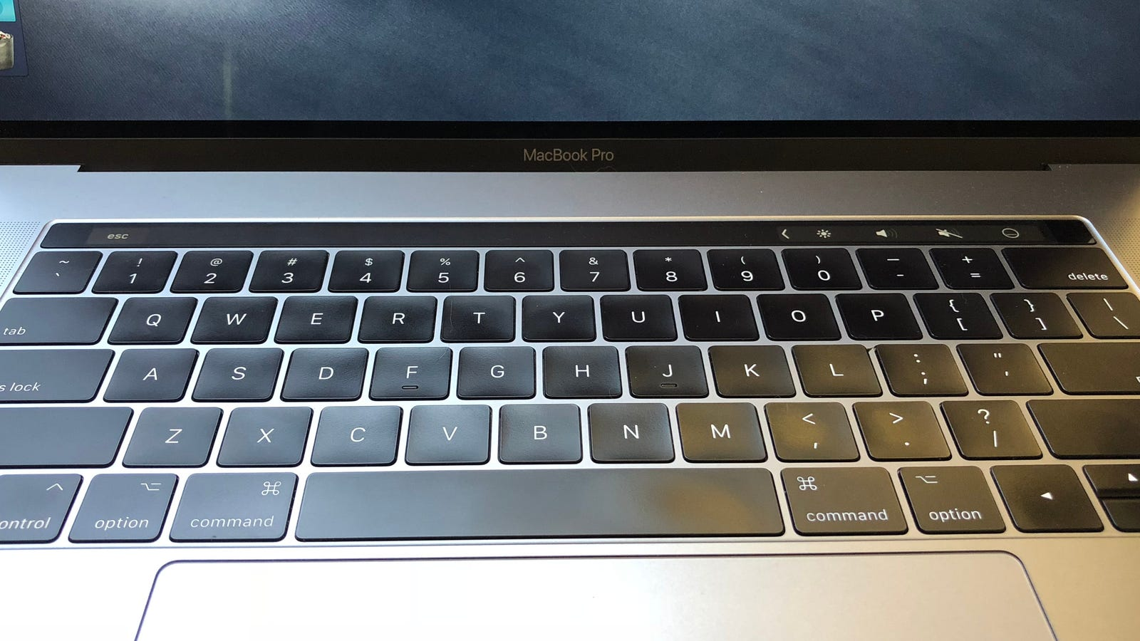 photo image How to Add Custom Buttons to the Touch Bar on a New MacBook Pro