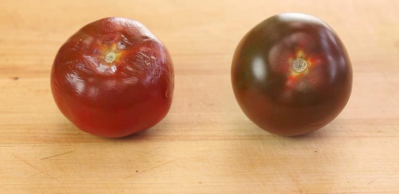 Illustration for article titled Hay una manera insultantemente sencilla de lograr que los tomates frescos se conserven así por más tiempo