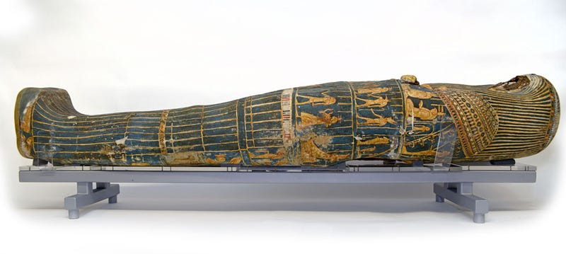 Illustration for article titled Archeologists Use Lego to Restore a 3,000-year old Mummy Sarcophagus