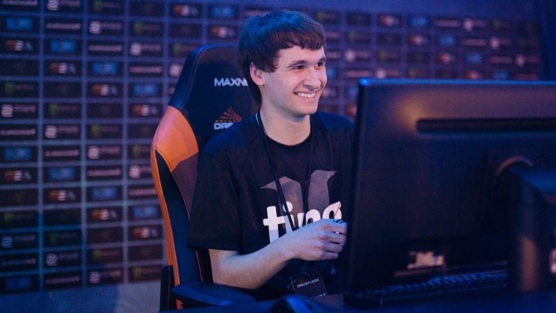 Neeb at DreamHack on Sunday, by Robert Paul for DreamHack. Source