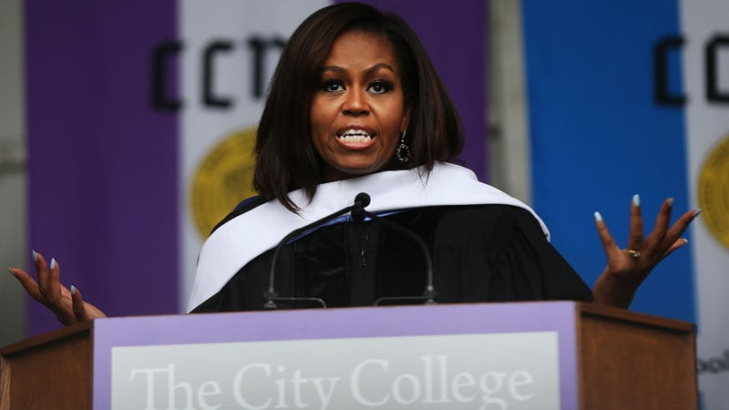 Illustration for article titled Michelle Obama Gets in a Trump Dig, Mentions Slavery in Last Commencement Speech As FLOTUS