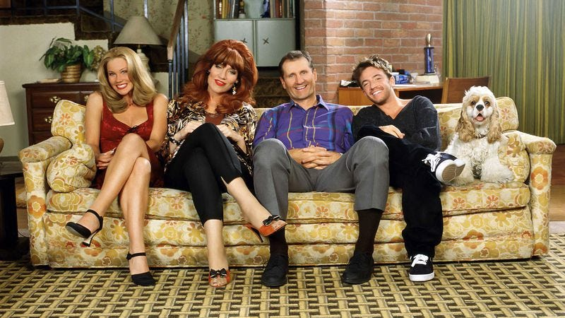 Illustration for article titled Married… With Children cast reunites on behalf of Katey Sagal
