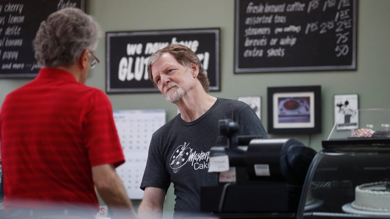 Illustration for article titled Masterpiece Cakeshop Guy Is Back in Court After Refusing Service to a Trans Customer