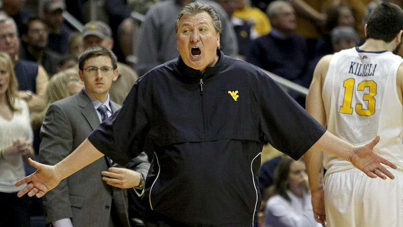 Illustration for article titled Was Bob Huggins Drunk At A Coaching Clinic The Other Day?