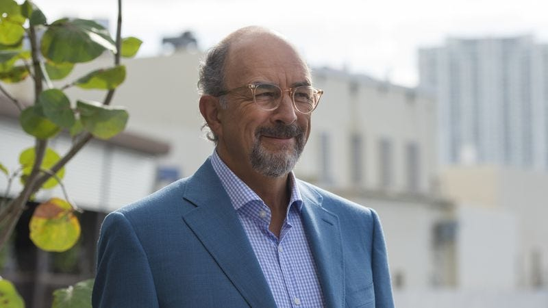 Richard Schiff in Ballers (Photo: Jeff Daly/HBO)