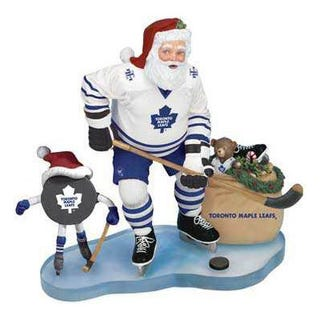 Illustration for article titled Santa Fired For Telling A 3-Year-Old The Maple Leafs Suck