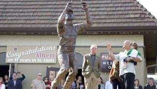 Illustration for article titled This Evening: Albert Pujols Dedicating A Statue Of Albert Pujols At Albert Pujols's Restaurant, Pujols 5 Westport Grill