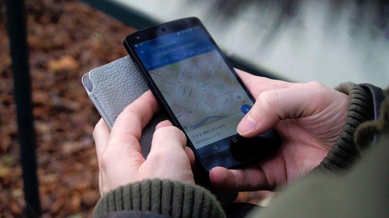 Un error en los mapas de Google o Apple puede causar muchos problemas.