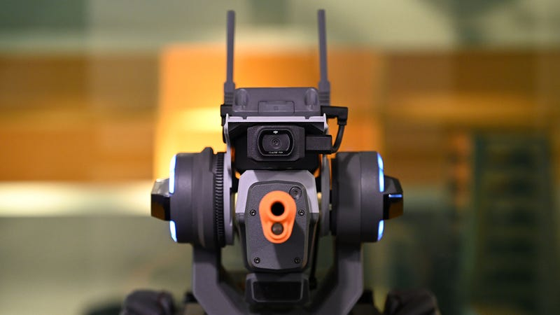 DJI Robomaster S1 Review: This Bot Is An Absolute Blast