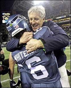 Illustration for article titled Pete Carroll Is The Only Playoff Coach With A Quarterback Controversy