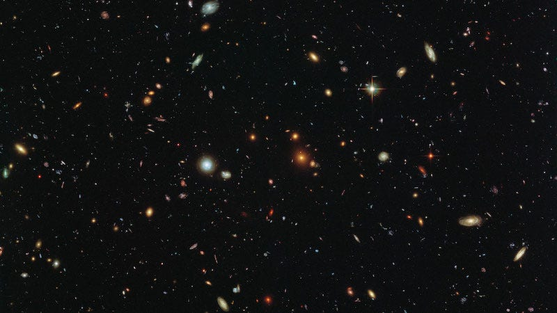 Deep field image from Hubble (Image: NASA, ESA and the HST Frontier Fields team (STScI)