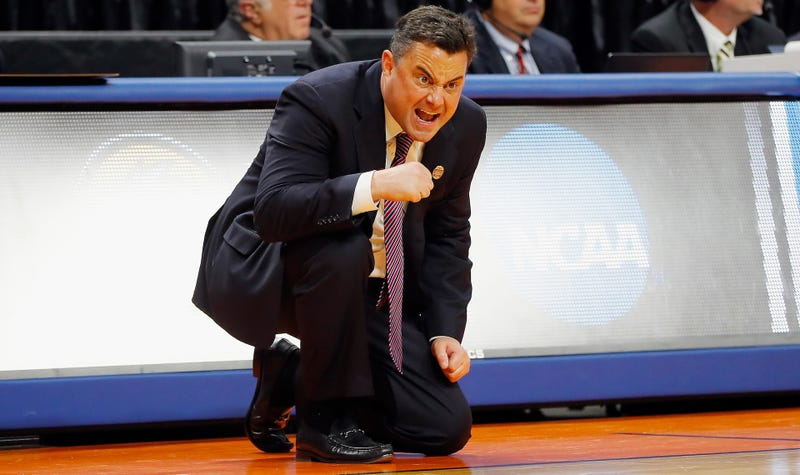 Illustration for article titled Sean Miller Says He's Not Yet Desperate Enough To Go To Pitt