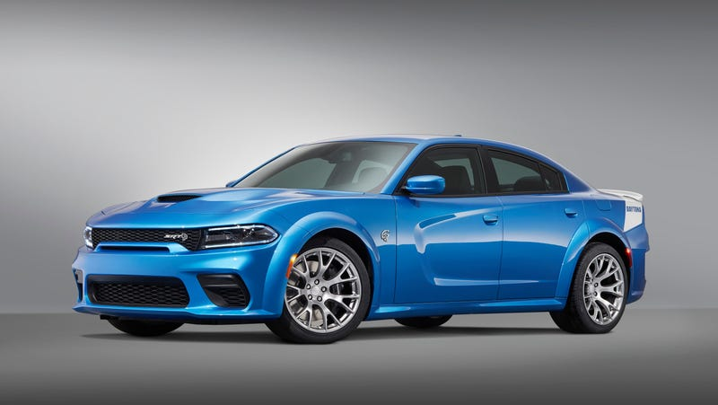 Illustration for article titled The 717-HP Dodge Charger Hellcat Anniversary Edition Will Give You That Extra 10 HP You Were So Desperately Missing