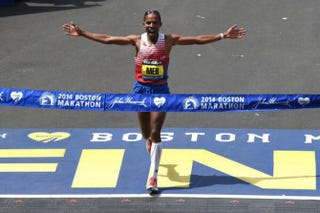 Mel Keflezighi crossing the finish lineTwitter