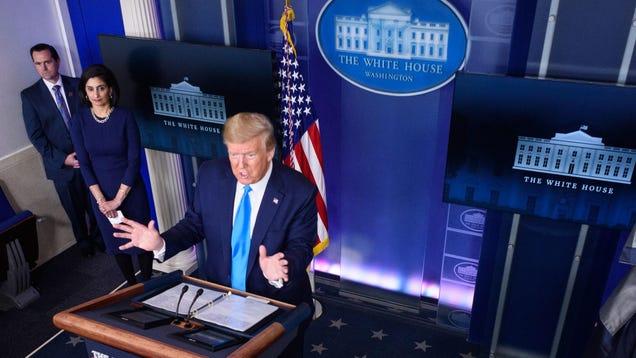 Genius Trump Threatens to Defund World Health Organization at Height of Coronavirus Pandemic