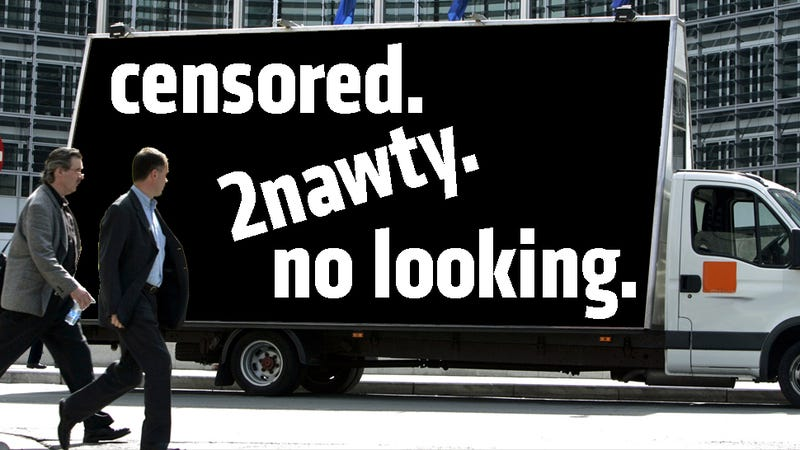 Illustration for article titled '500 Crashes In 24 Hours' Blamed On Sexy Distracting Billboard Trucks