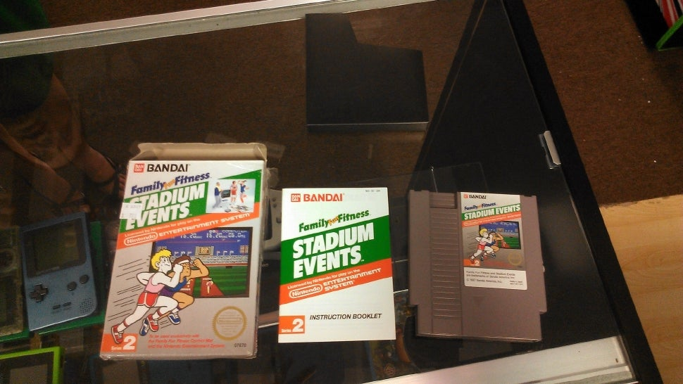 It\u0027s the archetypal jackpot story of flea markets pawn shops and antiques roadshows. Someone pays a few dollars for a long-forgotten box at a swap meet and ... & Woman Buys Old Nintendo Game For $7.99. Turns Out It\u0027s Worth $15000.