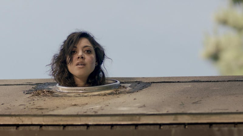 """Illustration for article titled Life After Beth Fails To Inject New Life Into The """"Zombie Comedy"""" Genre"""
